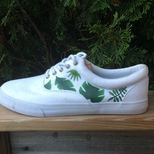 Goodfellows hand painted canvas sneakers